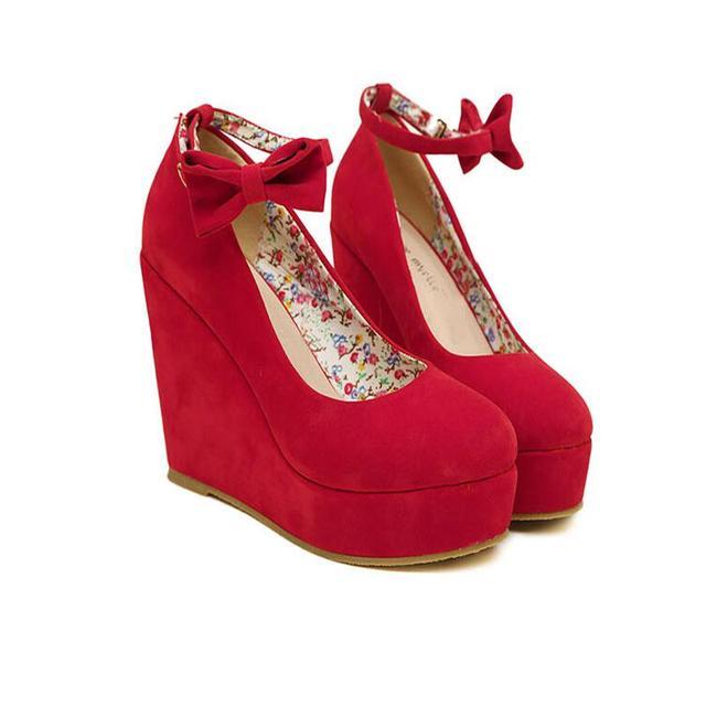 Precio bajo 2016 Nueva Sexy Mujeres de La Manera Hebilla de Zapatos de las señoras Cuñas Vogue ROJO ALBARICOQUE NEGRO Tacones Altos Bombas de la Plataforma