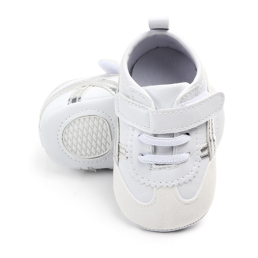 2019 Baby Shoes Solid Color Wear Soft Bottom Baby Casual Shoes Non slip Breathable White Shoes Wholesale in First Walkers from Mother Kids