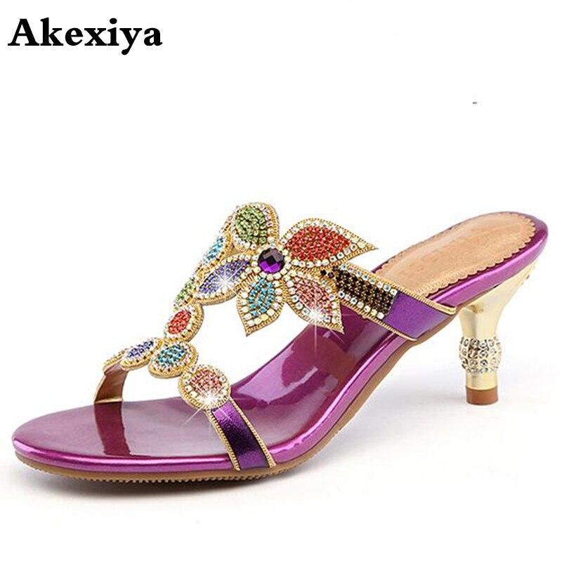 2018 lato kobiety skórzane kapcie Open Toe grube szpilki sandały moda wygodne diamentowe muły buty dla pań w Kapcie od Buty na AliExpress - 11.11_Double 11Singles' Day 1