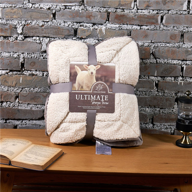 Attrayant Online Shop Spring Autumn Fleece Blanket On The Bed Wool Plaid Sofa Blanket  Solid Warm Throw Blankets And Bedspreads Furry Plaid On The Sofa |  Aliexpress ...