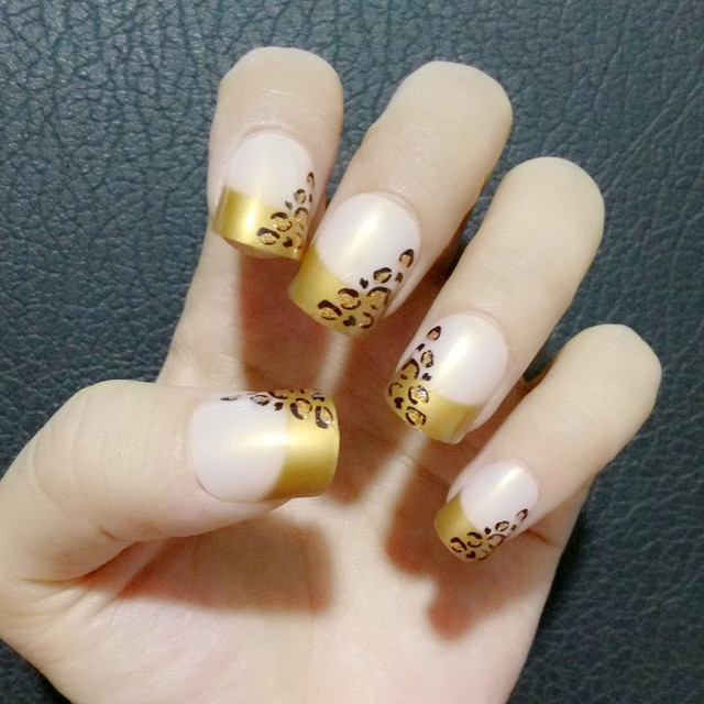 24Pcs Glitter Gold Leopard Flat Fake Nails French Natural Pink False ...