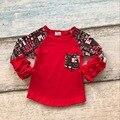 2017 new arrivals crianças Dia Dos Namorados do bebê meninas camisas bolso raglans bonito coração vermelho impressão ruffles red mangas de algodão top