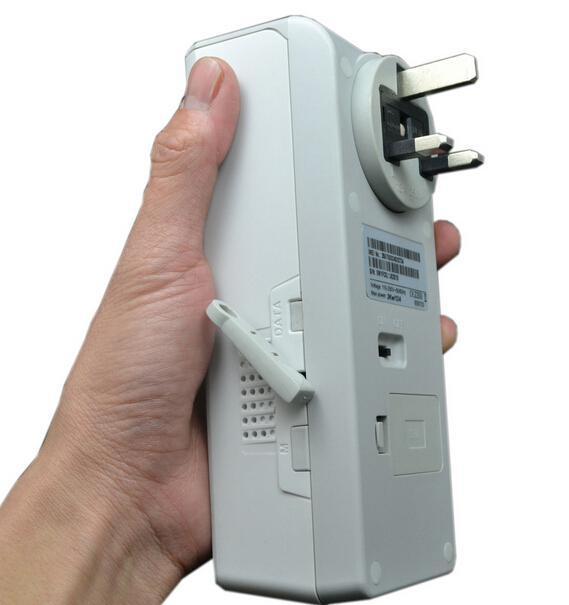 ФОТО UK Plug GSM Remote Control Power Socket Temperature Sensor Control intelligent Socket free shipping no original box
