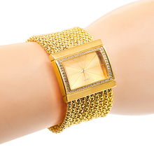 Hot Sales Classic Luxury Quartz Watch Women  Gold Diamond Case Alloy Band Bracelet Watch New Design 5DC9 6YLN