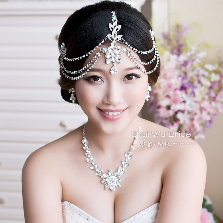 Free ShippingLuxury Rhinestone Tassel Hair Accessory Necklace