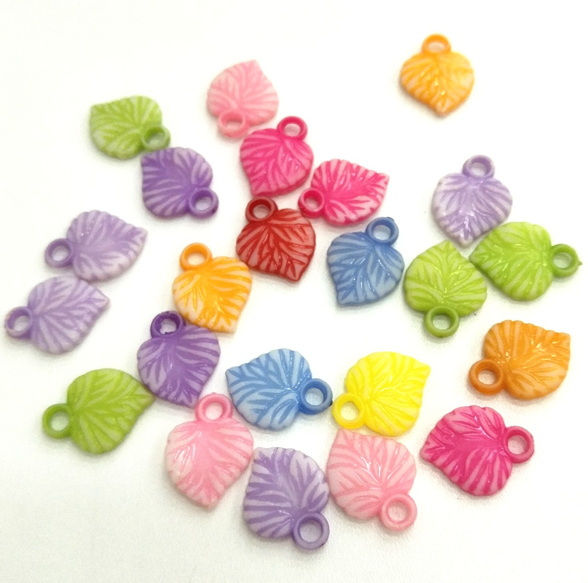 18*14mm 100pcs/lot  Mixed colors Leaves Plastic Spacer Beads Sewing Buttons DIY Handmade Jeweley Making Charms Decorations  eva 1 lot 2 pcs hama fuse perler beads 2 6mm big square pegboards connecting pegoard mini hama beads jigsaw puzzle handmade diy