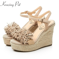 2018 Superstar Brand Summer Ankle Straps Round Peep Toe Women Sandals Tassel Flowers Wedges Super High