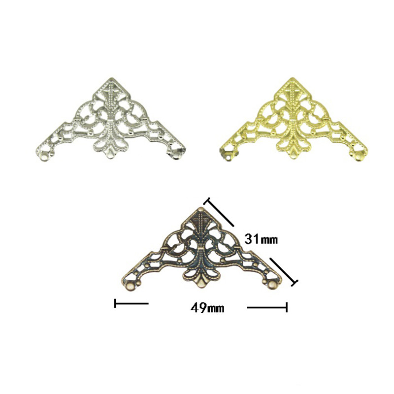 цены на Filigree Triangle Flower Wraps Cabochon Ancient Christmas Flatback Metal Embellishments Scrapbooking For DIY,31mm,50Pcs в интернет-магазинах