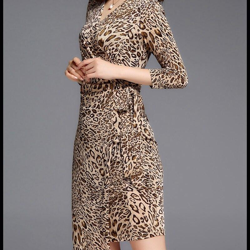 cou Manches Été Mode De Femmes Slim 2018 Leopard Vêtements Robe Wun1385 Trimestre Sexy Pour Trois V Nouveau Léopard Robes 7awgHvqW