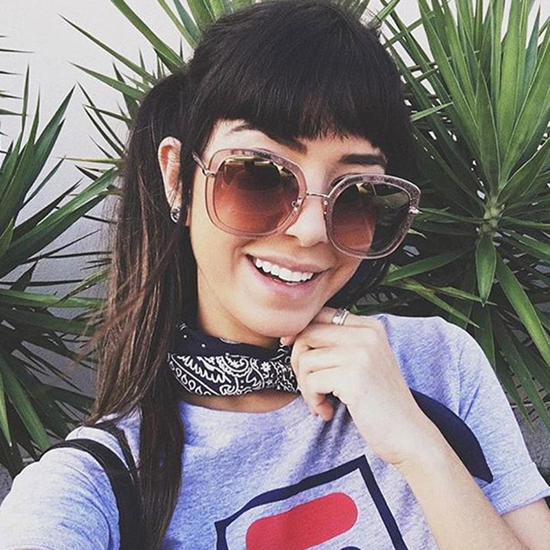 Women Fashion Oversized Frame Square Sunglasses Female Vintage Pilot Grey Color Lens Sun Glasses UV400 Outdoor Shades Eyewear