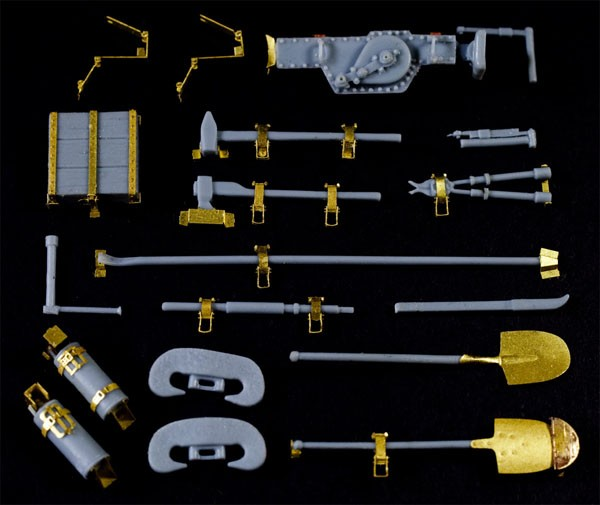 1/35 Late WWII German Vehicle Tool Set (material:Resin+PE)