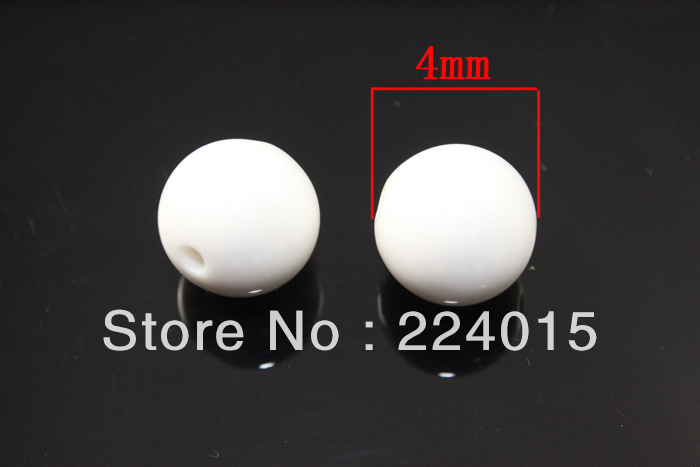Free shipping 1000pcs 4mm Fashion White Acrylic Round Brightly Gumball Solid Beads For Chunky Necklace Bracelets Making in Beads from Jewelry Accessories