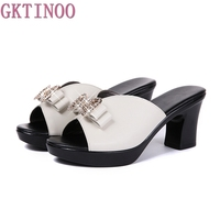 여성 슬리퍼 2017 새로운 여름 두꺼운 높은 뒤꿈치 신발 다이아몬드 나비 넥타이 comfortbale