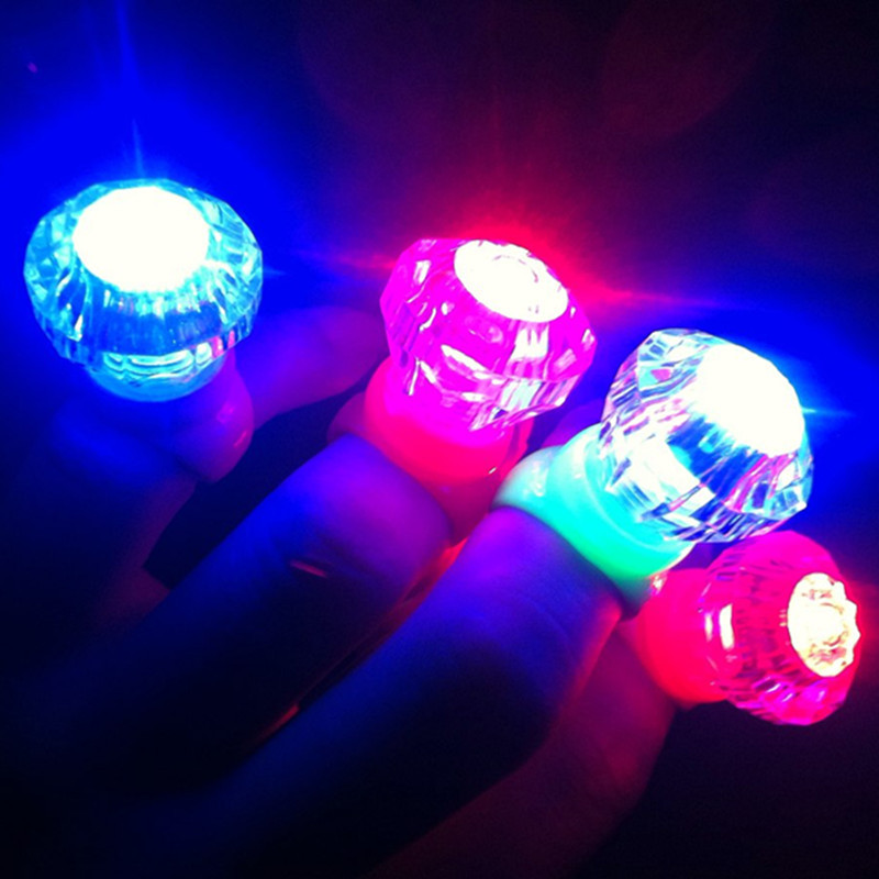 100pcs/lot Party Wedding Birthday Festival Favors Toys Small Diamond Led Glowing Finger Rings Light-up Ring Light Supplies