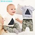 Estilo bear leader 2016 infantil chicos de verano ropa infantil ropa de bebé establece boy algodón pequeños monstruos de manga corta 2 unids bebé