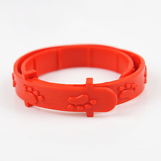 Universal Red Flea Preventing Collar