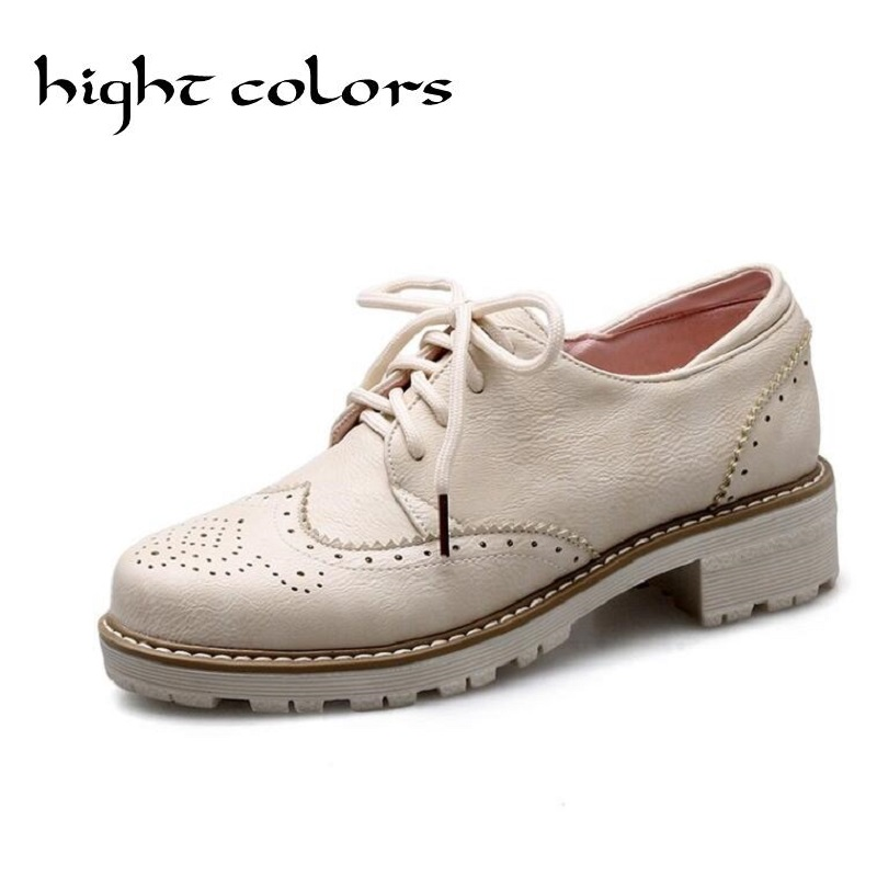 2018 New Spring Women's White Oxfords Shoes Carving British Style Casual Shoes Flat Platform Lace-up Brogue Shoes Size 33-43 brand new spring men fashion lace up leather retro brogue shoes casual flat breathable carved shoes bullock oxfords shoes wb 55