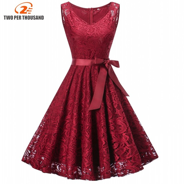 2018 Vintage Floral Lace Pleated Dress Women Sleeveless V-Neck Elegant Party  Sexy Dresses Retro c411434ae0ec