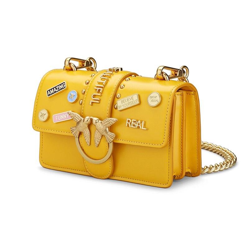 купить Brand Summer Female Luxury Leather Shoulder Bag Mini Metal badge Design Flap Lady Fashion Handbag Genuine Leather Messenger Bag по цене 3650.79 рублей