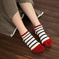 2016 New Breathable Lovers Socks Striped Cotton Five Toe Socks For Men And Women