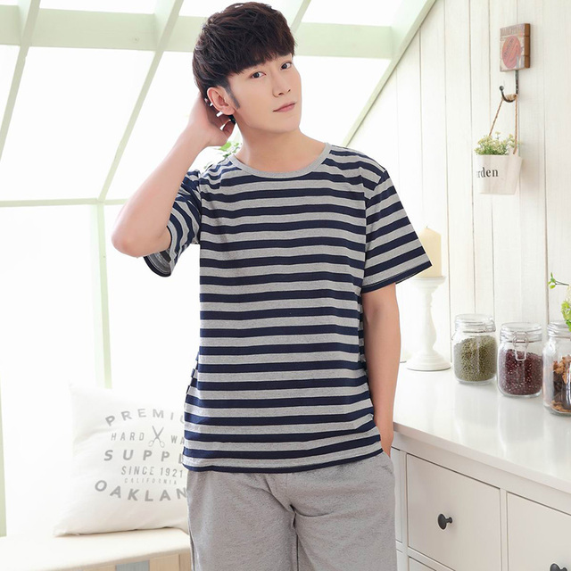 Men 's pajamas summer cotton short - sleeved pajamas casual stripes XL code young home suits R221