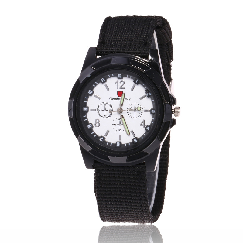 Men Military Waterproof Watches 2018 Fashion Casual Student Nylon Quartz Wristwatch Male Outdoor Sports Watch Relogio Masculino in Quartz Watches from Watches