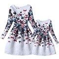 Nuevo vestido de la madre y la hija 2016 coincidentes madre hija ropa trajes a juego mamá y vestido de la muchacha de partido de la mariposa impresa