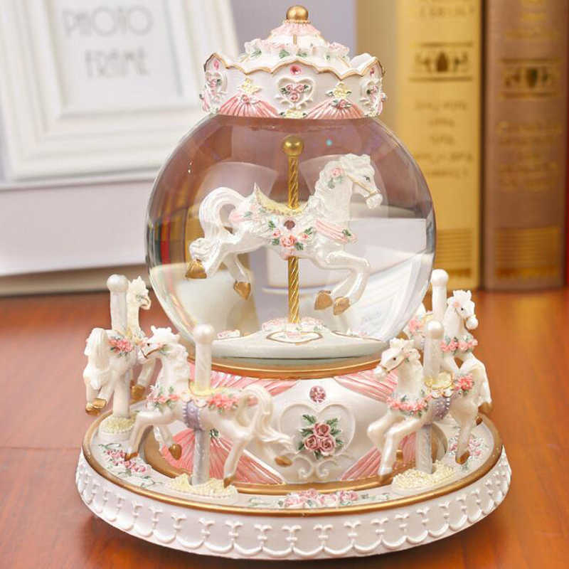 Crystal Ball Carousel Resin Music Box Snowflakes Merry-go-round Musical Boxes Love Girl Creative Birthday Valentine's Day Gift