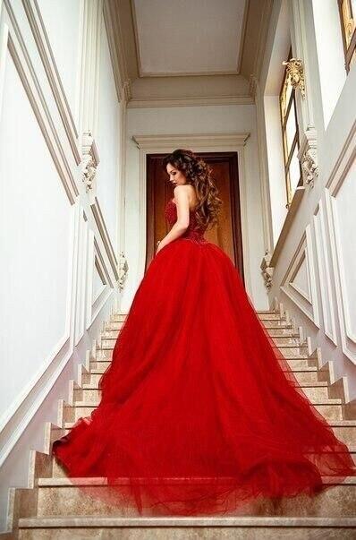 Sexy Amoureux Chapelle Same Élégante Couleur Perlé As Robe Train Tulle De Robes Cher Pas En Forme Pic Rouge 2018 Mariée Vin rUZr8fwxq