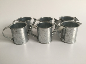 Image 4 - 30pcs/lot D5.5XH5.5CM Silvery Mini watering cans wedding favors bucket tin Metal Favors Decorative watering cans