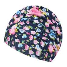Flor Impressa Mulheres Touca de Natação Swim Piscina Praia Proteger Os  Ouvidos Cabelo Tecido Chapéu de d901437cb01
