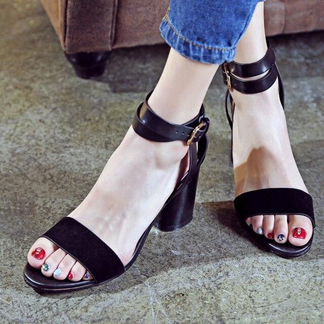 Reife Frauen in High Heels