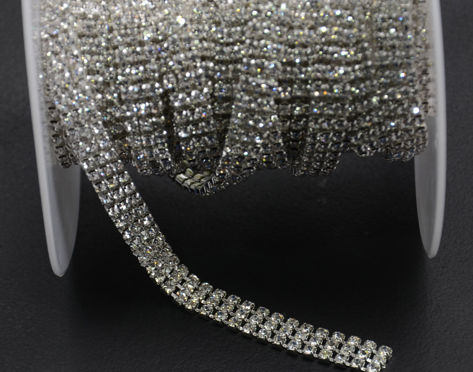 Factory promotion!5yards/lot super close 3rows diamante rhinestone cake banding applique trim wedding crystal chain decorative