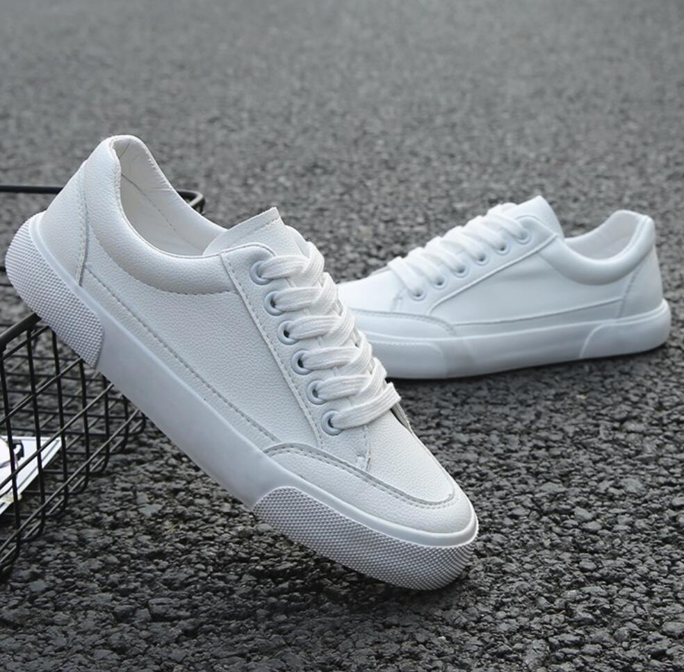 2019 New Style White Designer Sneakers Men Breathable Leisure Shoes Popular Shoes High Quality Fashion Super Confident Men Sneak