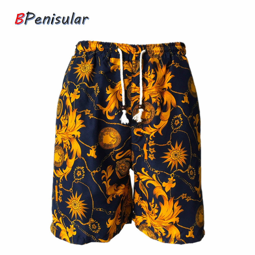 2019 Summer Men Casual Shorts Baroque Floral Prints Royal Luxury Pattern Golden Leaves Loose Medusa Short Men Bermuda Masculina
