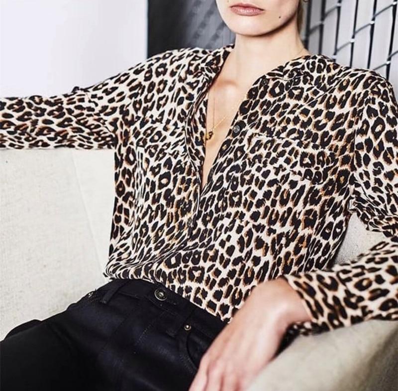 2019 Ne primavera mujeres seda leopardo imprimir camisa de manga larga bolsillo blusa Top-in Blusas y camisas from Ropa de mujer    1