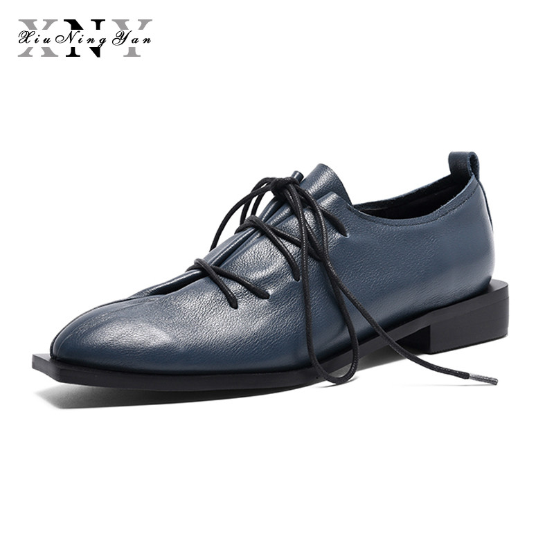 цена XiuNingYan Women Genuine Leather Oxford Shoes Woman Flats Handmade Vintage Retro Lace Up Loafers Casual Sneakers Flat Shoes 2018