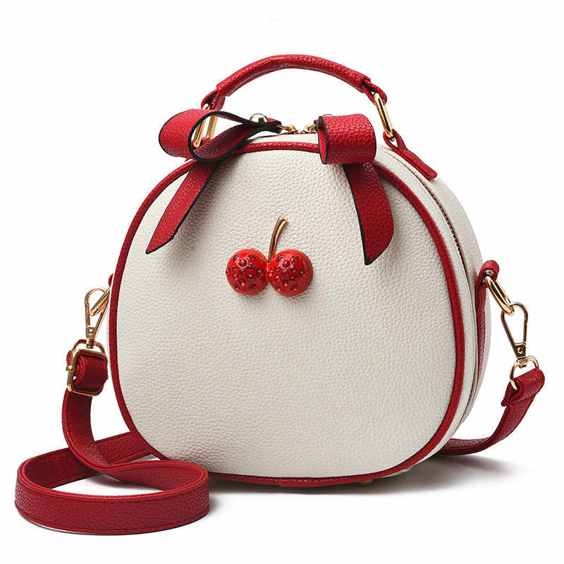487ef1153d8f Autumn new girl small women s messenger bag female 2018 new wave Korean  fashion version of the