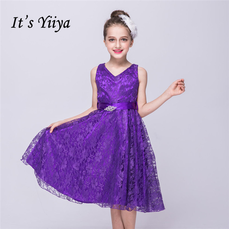 It's yiiya Hot V-neck Sleeveless   Flower     Girl     Dresses   Princess Ball Grown Fashion Lace   Girls     Dress   L088
