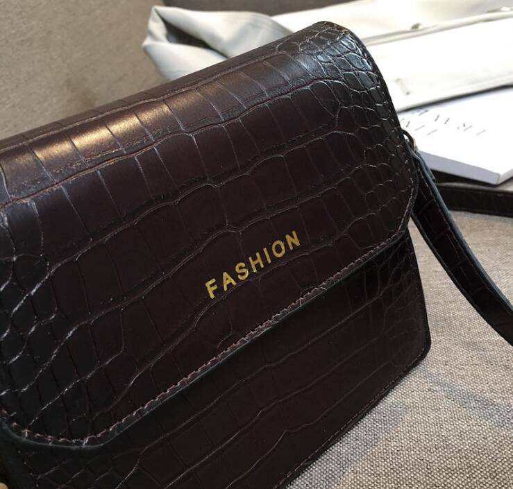 Femminile Coccodrillo Donne Messenger Flap Black Sacchetto Bolsa Vintage Bag Del Crossbody Cuoio coffee 420 brown Tracolla Sac Rivetti Dell'unità Di Delle Elaborazione 5xxv806qw