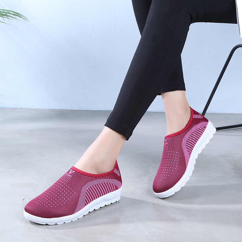 Women's Comfort Mesh Loafers Ladies Slip On Flat Vulcanized Shoes Plus Size Female Casual Breathable Stripe Sneakers Footwear