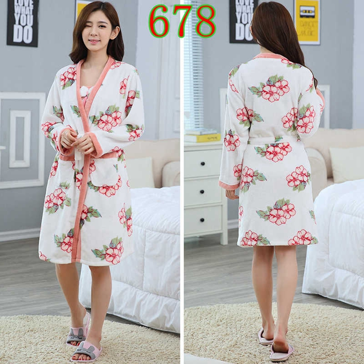 2PCS Sexy Thick Warm Flannel Robes Sets for Women 2018 Winter Coral Velvet Lingerie Night Dress Bathrobe Two Piece Set Nightgown 285