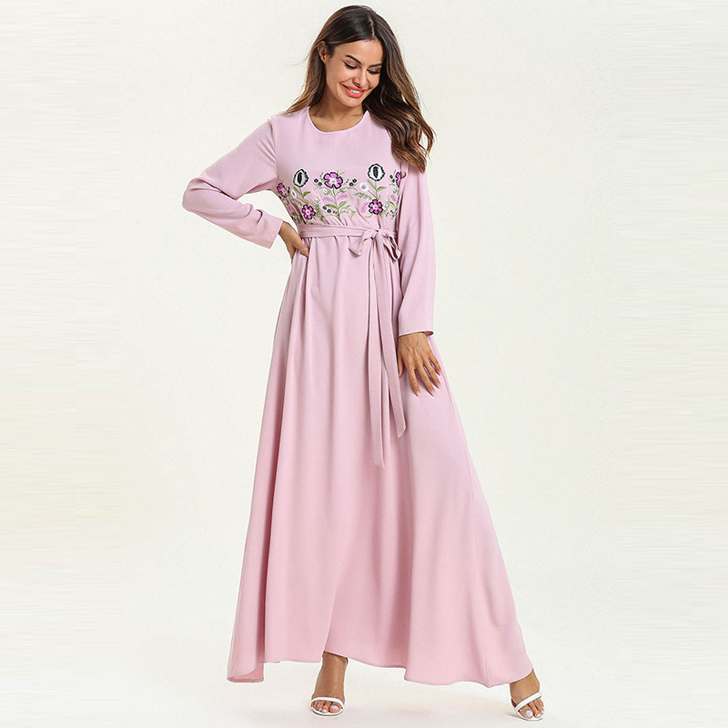 European And American Fashion Pop Pink Women's Stitching Embroidered Long Skirt Muslim Belt Ladies Loose Robes Fat Dress