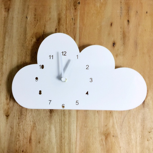 2018 New Nordic Style Wooden Cloud Watch Wall Hanging Decoration Scandinaivan Style Wall Decor Nordic Style Kids Decoration