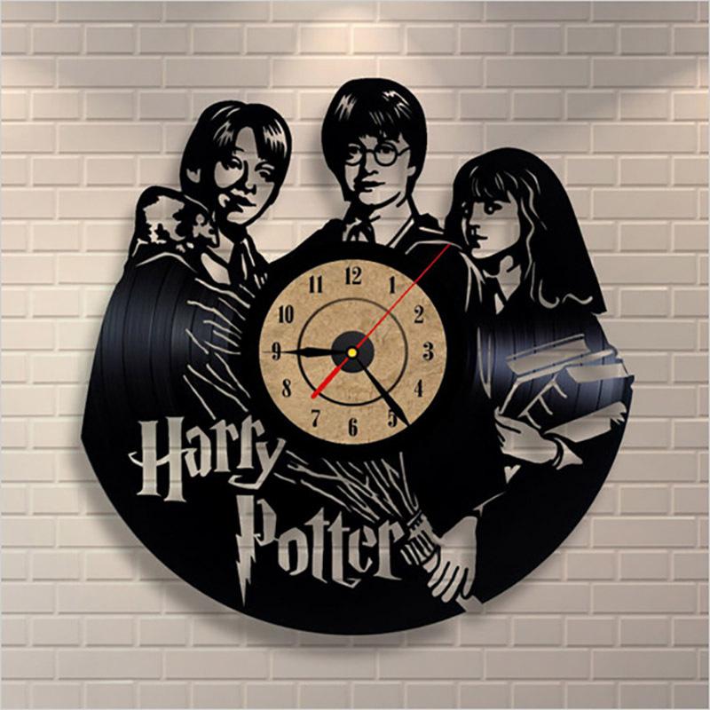 b1ab6e2b5cb Vinil da arte CD Relógio de Parede de Vinil Criativo Retro Estilo Dos  Desenhos Animados Relógios de Parede Oco Único Durável Preto