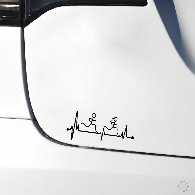 "QYPF 16.2*7 ס""מ פעימות לב רץ בחור וילדה דקור רכב סטיילינג מדבקה ויניל אביזרי C16-0764"