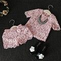 Ropa de las muchachas de Nueva Moda de Encaje Floral Camisa Rosa Shorts Ropa Casual Traje traje Niña Ropa de Los Niños de Alta Calidad