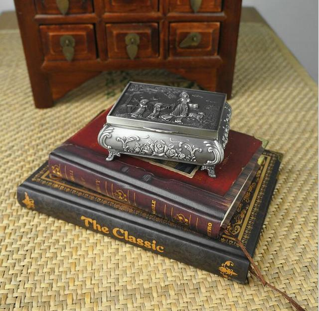 Vintage Classical Carving women rectangle jewelry box Sweet