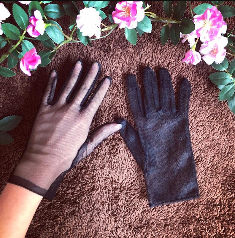 Women's Elegant Black Perspective Short Mesh Gloves Female Black Color Sexy Sunscreen Lace Driving Glove R1726