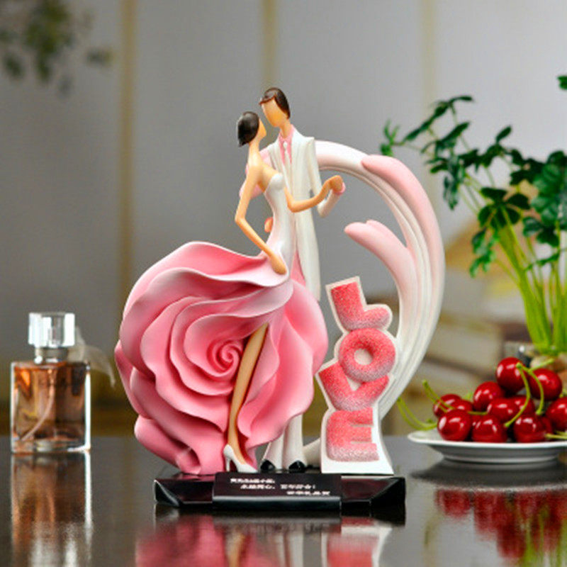 Colophony Crafts Romantic Rose Lovers Stereoscopic Sculpture European Style Wedding Gift Bedroom Decorations G1988Colophony Crafts Romantic Rose Lovers Stereoscopic Sculpture European Style Wedding Gift Bedroom Decorations G1988
